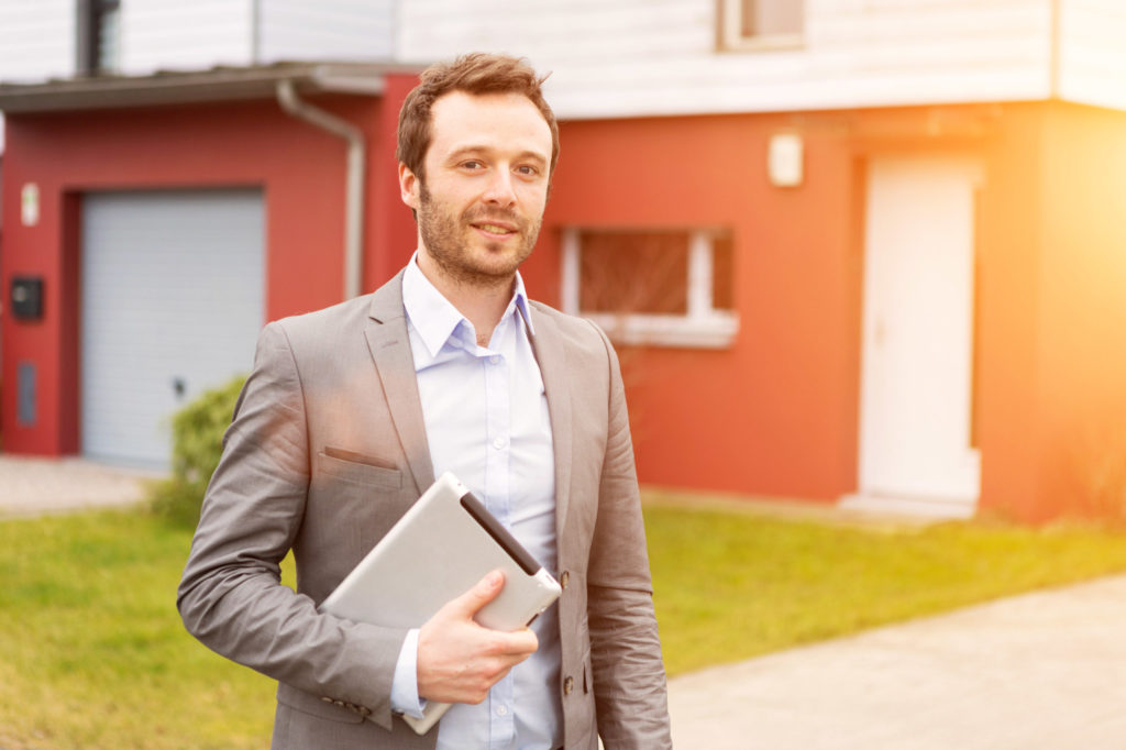 choosing a real estate agent